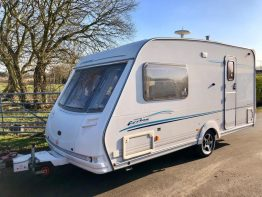 Sterling Eccles Topaz 2003 2 Berth