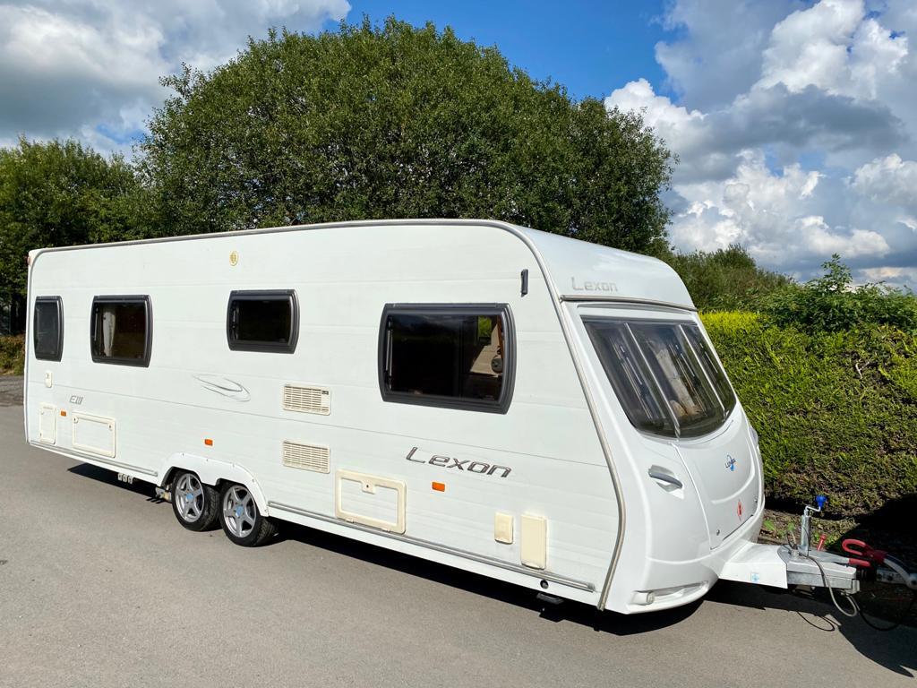 Lunar Lexon EW Twin Axle Fixed Bed Caravan